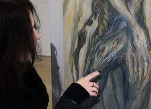 nephilimk-devant la toile-en mal d'aurore- cf lautréamont- expo au beffroi de montrouge