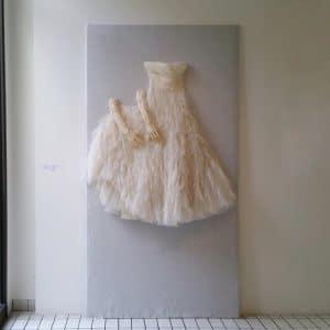 Qui verra Véra l'aimera 2019 installation anatomie écorché papier art contemporain Nephilim K