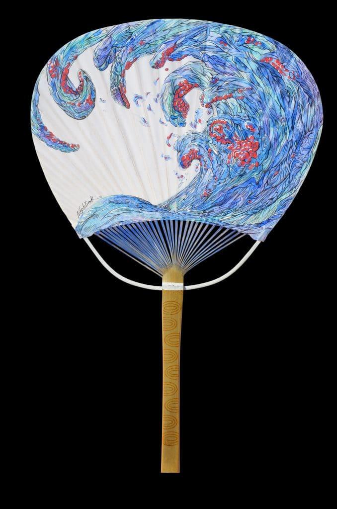 peinture sur uchiwa par l'artiste ecologiste Marie-Catherine Arrighi - vendu au profit de ONG BLOOM -grand aquarium de paris